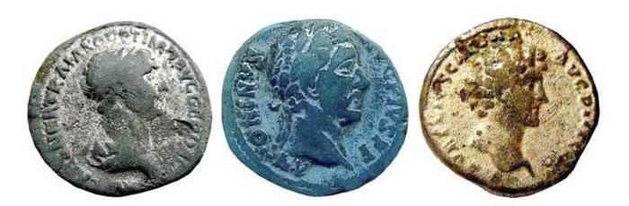 Фальшивые римские денарии с серебряным напылением