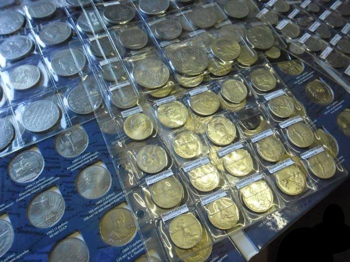 Коллекция монет из серебра