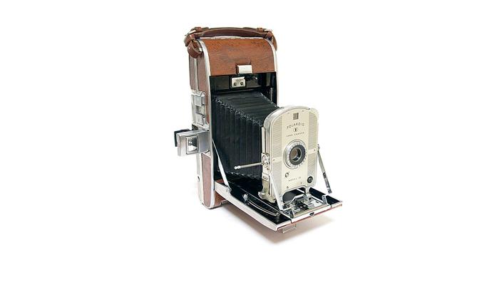 Первый фотоаппарат Полароид Лэнд 95