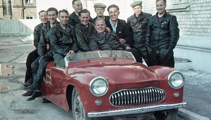 Гоночное авто Москвич-404 Спорт