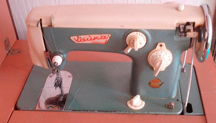 Швейная машинка СССР «Чайка»